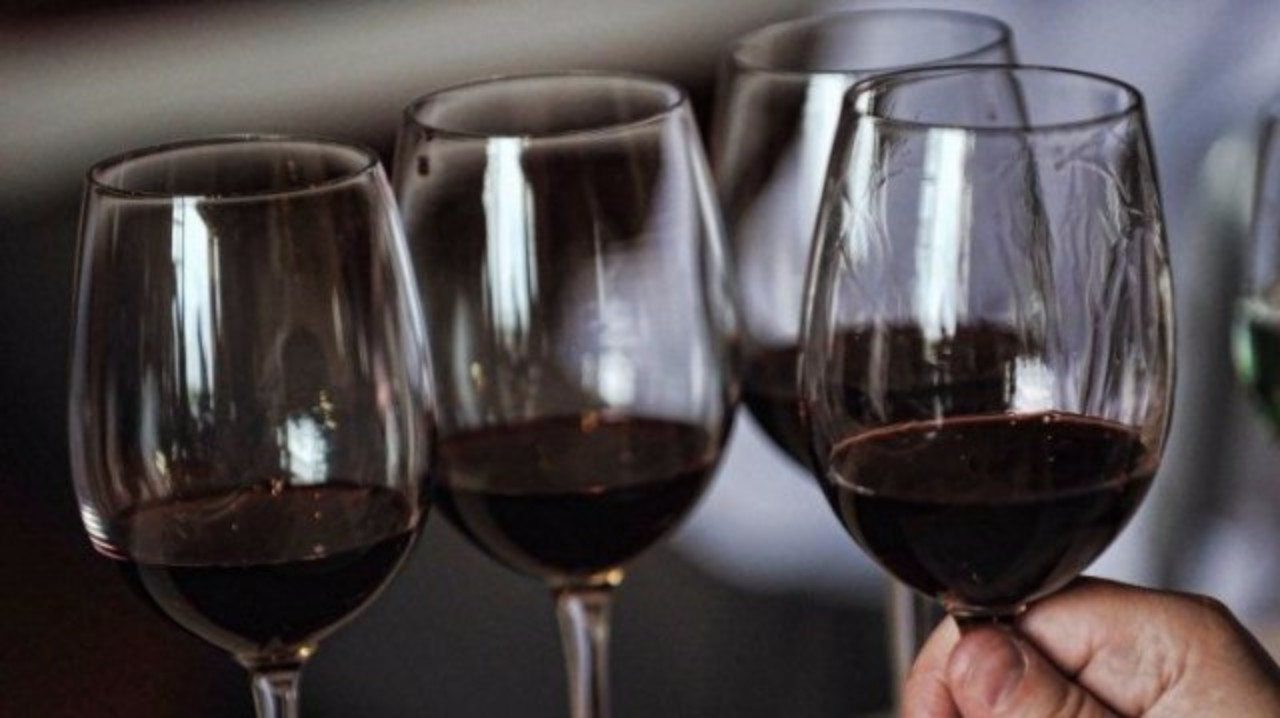 verres-vin-rouge-afp-photo-martin-bernetti