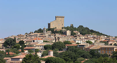 village-of-chateauneuf-du-pape